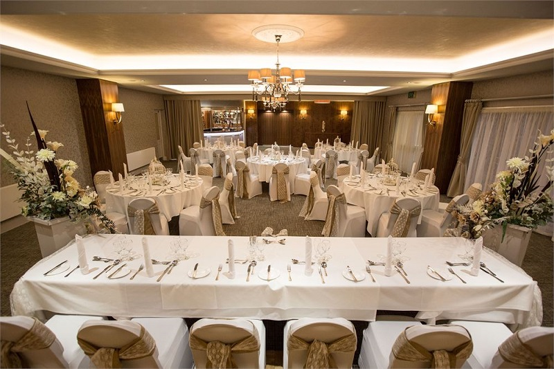 Horsley Lodge Wedding breakfast 800 x